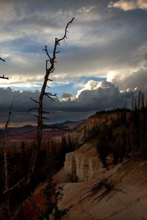 dark scenery in utah